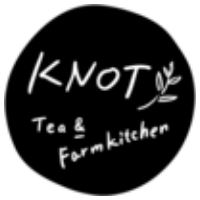 KNOT Tea and Farm Kitchenロゴ